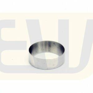 EW11323_04