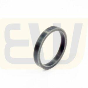 EW301635_04