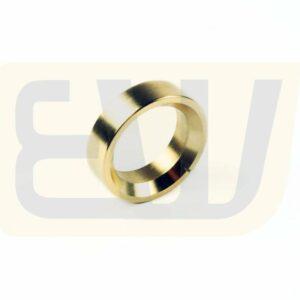 EW300727_04