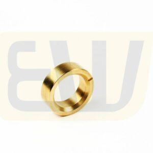 EW300735_04